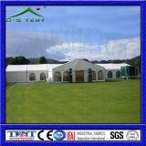 De hond toont het Frame van de Tent van de Pijp van pvc van de Tent
