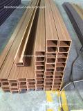 Экологическая пластмасса PVC деревянная составная обшивает панелями панель потолка PVC