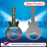 磁石が付いているギターの栓抜き音楽栓抜き