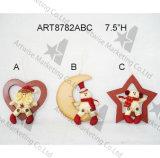 Muñeco de nieve de Santa en las figuras de madera del corazón, de la luna y de la Estrella-Navidad, 3asst