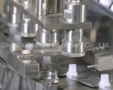 Machine remplissante et recouvrante de petit sachet en matière plastique pour le produit liquide