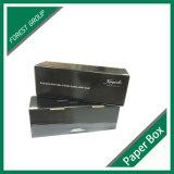 Scatola di cartone ondulata di colore nero opaco sulla vendita