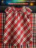 Модная красная пряжа покрасила ткань для одежды, ткани полиэфира сплетенной платьем