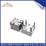 Moldeado plástico del moldeo por inyección de la precisión para la pieza de automóvil modificada para requisitos particulares del coche