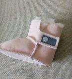 Sapatas Merino do bebé de Prewalker da pele de carneiro de Austrália da cor cor-de-rosa