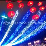 涼しく白いカラー星明かりの形LEDのつららのカーテンライト