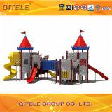遊園地のための大きい城の主題の子供の運動場装置