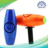 2 en 1 LED que mueve de un tirón a hilandero de la persona agitada de la mano del palillo con los juguetes de escritorio del tirón del mitigador plástico de la tensión