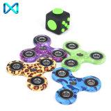 Heiße Verkaufs-Spielwaren-Plastikmetallhandspinner-Unruhe-Spielzeug-Unruhe-Spinner