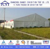 Einfach weißes wasserdichtes Hochzeitsfest-Zelt installieren
