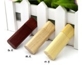 Le lecteur flash USB en bambou de type chinois avec le logo de compagnie a estampé