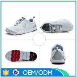 Schoenen van de Sporten van de Mensen van de Schoenen van EVA van het netwerk de Goedkope