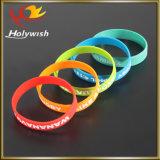 Wristband силикона Eco-Friendly изготовленный на заказ браслета Debossed холодный