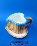 Heart-Shaped 세라믹 커피 또는 차 찻잔과 접시 세트
