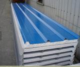 El panel de emparedado incombustible aislado hecho frente metal del EPS (poliestireno) para la azotea