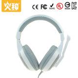 Cuffia avricolare stereo portatile all'ingrosso di Hz-319 Cina Compouter con il microfono