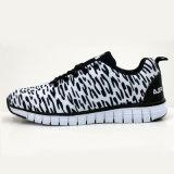 Extra Lichte Tennisschoenen die Loopschoenen van de Besnoeiing van Schoenen de Openlucht Lage lopen