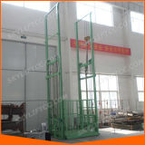 Elevador de frete elétrico vertical usado no armazém