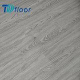 Hautement - étage sain durable imperméable à l'eau recommandé de vinyle de PVC