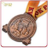 O projeto da forma gravou o medalhão de bronze antigo do revestimento