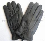 Люди способа греют кожаный перчатки/Mittens