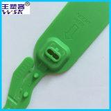 金属の挿入引きの堅く調節可能な長さのプラスチックシール