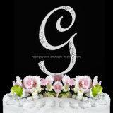 Cappello a cilindro francese della torta di cerimonia nuziale della lettera iniziale del Rhinestone della fonte tipografica per la cerimonia nuziale