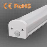 luz de la Tri-Prueba de la cubierta LED de la PC de los 4FT 36W 110lm/W para el uso de la piscina