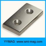 Magnete del frigorifero che fa il blocchetto del magnete del neodimio della macchina
