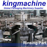 L'eau minérale de bouteille rotatoire complètement automatique d'animal familier rinçant la machine remplissante et recouvrante de lavage