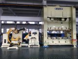 Alimentador automático da folha da bobina com uso do Straightener em sistemas de manipulação da bobina e em molde do automóvel