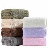 卸売は無地の平野の100%年の綿タオルを厚くする