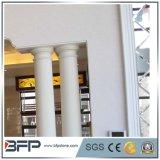 贅沢な大理石の柱か柱