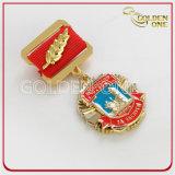 Pinos feitos sob encomenda do Lapel do emblema do esmalte de Metal&Leather do ouro