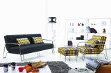Fabelhaftes faltendes Sofa-Bett mit reizenden Osmanen