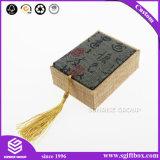特別なローカル製品のための芸術の記念品のギフト用の箱を包む各国用様式