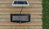 LEDの太陽洪水ライトはLEDの太陽街灯をつける