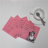 Impresión de la carta en la servilleta de papel roja para el partido