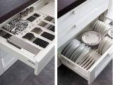 Welbomの暗い灰色の現代旧式なAlderの正方形の製品の食器棚デザイン