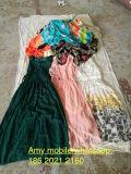 Heißer Verkauf Europa-in der kleinen Ballen-Dame-Haus-Hausbaumwolle keucht Gebrauchtkleidung en gros
