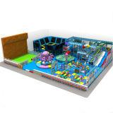 Parque combinado do Trampoline e das crianças campo de jogos macio