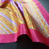 Stole e scialli di seta per le donne