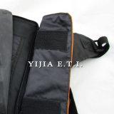 긴 어깨끈을%s 가진 주황색 색깔 폴리에스테 메신저 부대