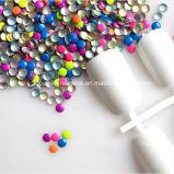 ネオンは着色する釘の芸術の金属の宝石の円形の熱い苦境のスタッド(2mmのあたりのHF nailhead/)を