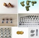 Mit Mutterbolzen Metall der maschinell bearbeiteten Ersatzteile