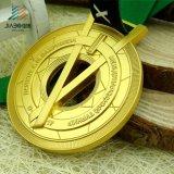 Jiabo ha fatto per scavare fuori le medaglie ed i premi placcati oro del Matt
