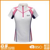 여자의 절반 지퍼 스포츠 운영하는 t-셔츠
