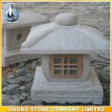 Asiatico giapponese della lanterna della pietra del giardino