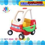 Kind-Plastikspielzeug-Auto für Vortraining (XYH12072-1)
