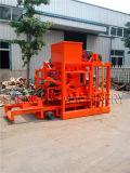 ケニヤのオフィスが付いている低価格の煉瓦機械Qtj4-26c中国製